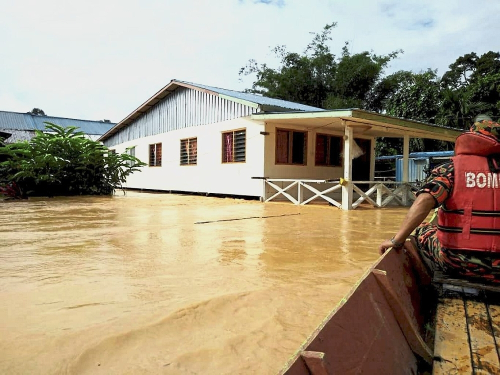 Rumah Usup in Kanowit district in central Sarawak inundated by floodwaters.