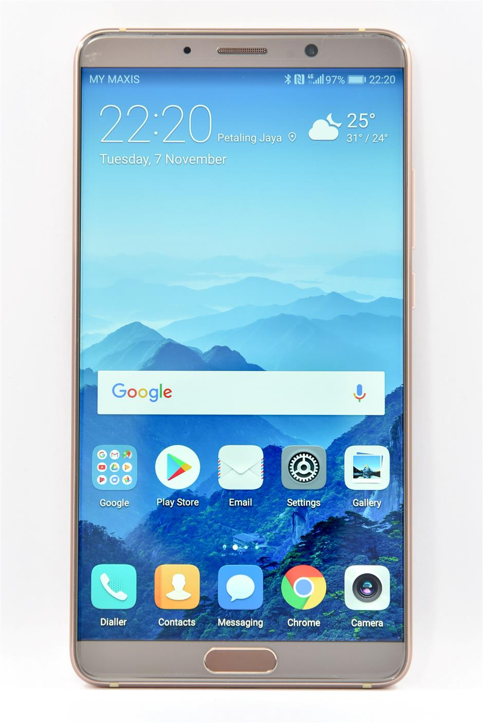 The Mate 10 boasts a 5.9in QHD LCD panel with 1,440 x 2,560 pixels resolution, and has a 16:9 screen-size and aspect ratio. — C.Y. LEE/The Star