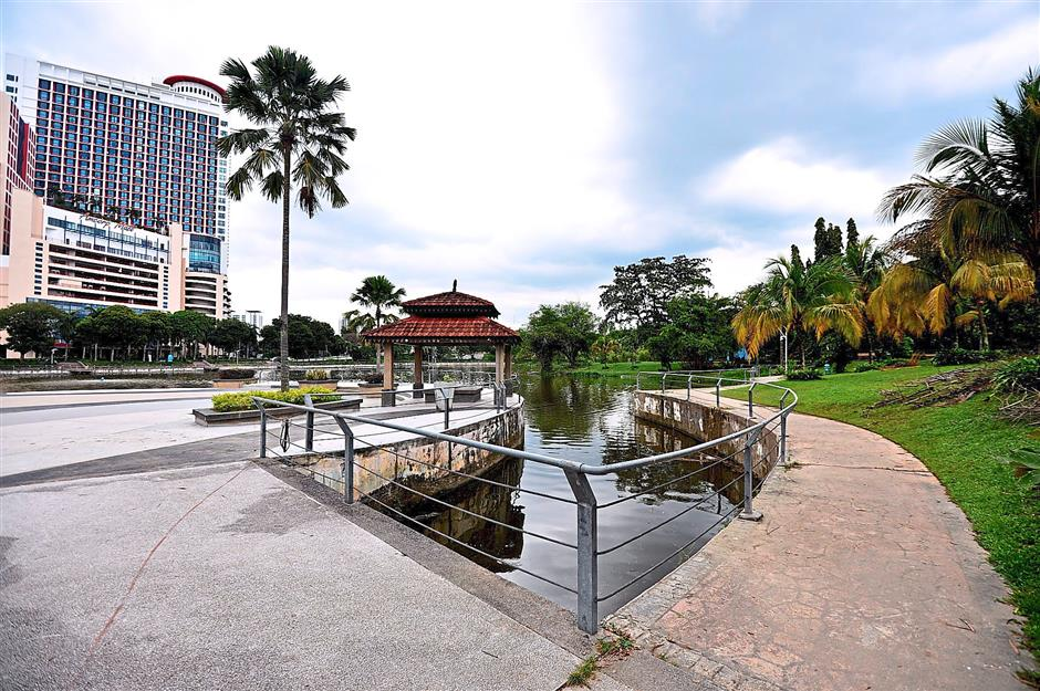 Dedicated pedestrian, cycling lanes will help to connect areas such as Section 5, 9 and 10 residential, business areas to Taman Jaya LRT via Taman Jaya park under the EcoMobility For My Community – PJ-Eco Mobility project