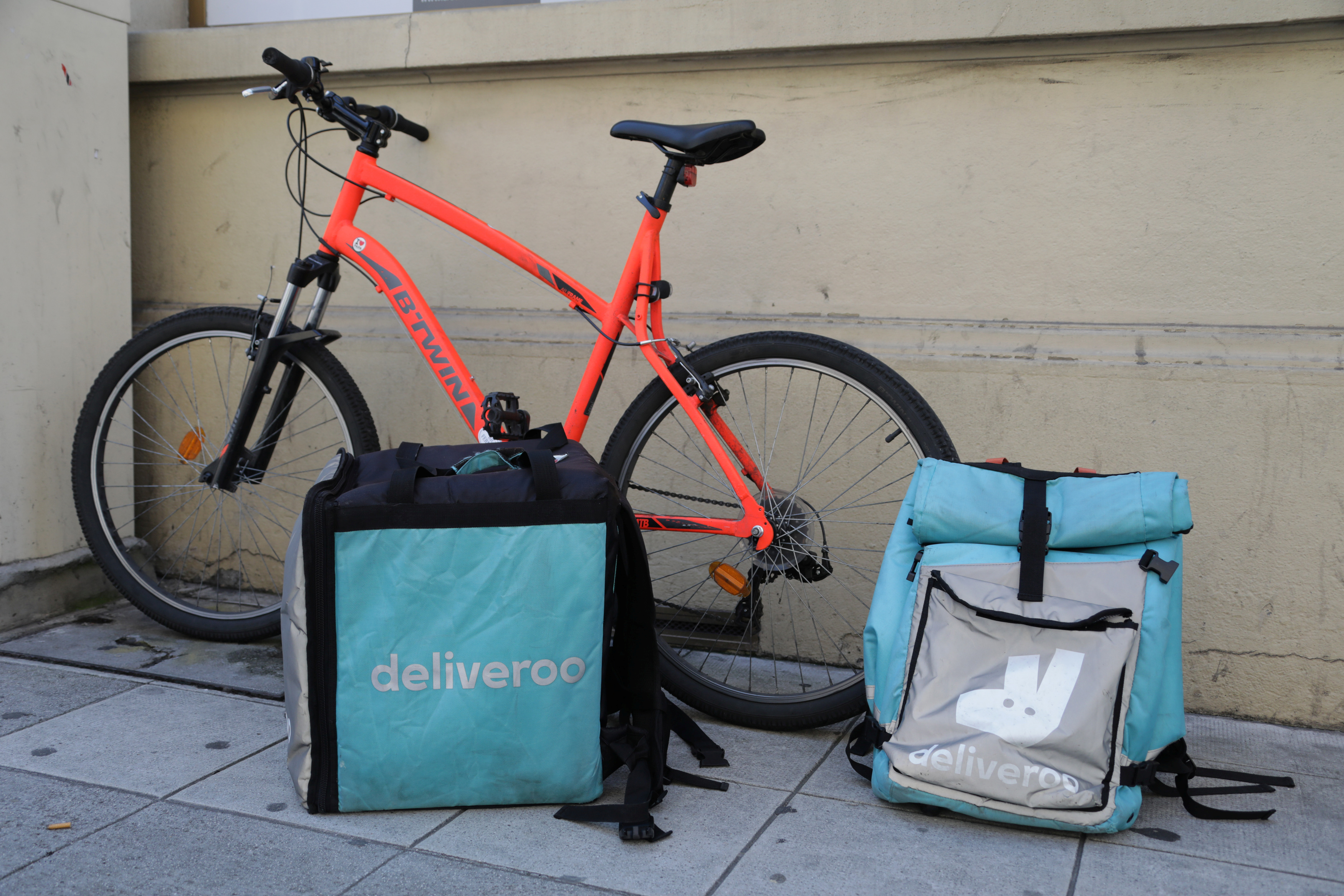 Deliveroo food delivery bags are seen in Nice, France, June 5, 2018.  REUTERS/Eric Gaillard/Files