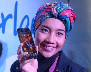 Mobile music: Yuna at the launch of Galaxy Wonderland project in Kuala Lumpur.