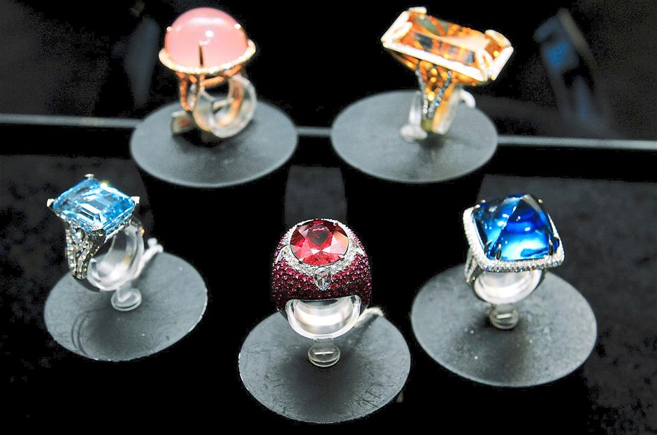The company says the gems used in its jewellery are cut by skilled professionals.