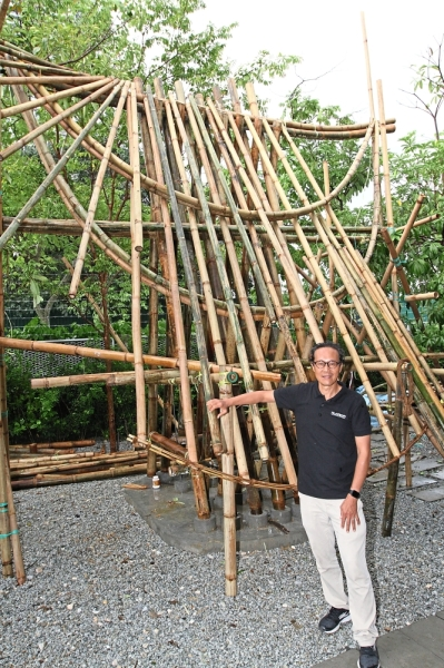 BambooArk's Low Ewe Jin with his art installation during the launch.