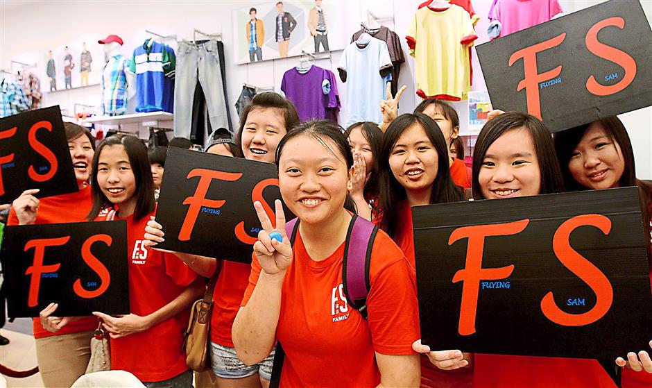 Ever supportive: The female fans who turned up to welcome Fuying & Sam.