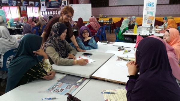 The workshop, conducted by Dass, is sponsored by Petronas, as part of the Trenglish programme.