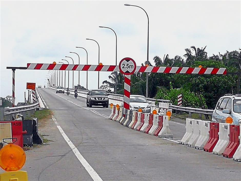 Teluk Intan bridge reopened | The Star Online