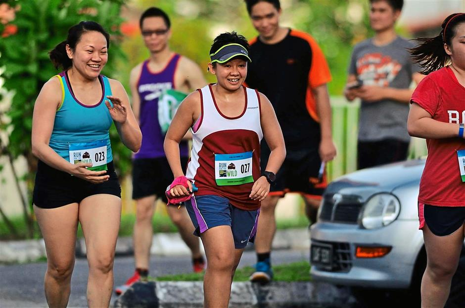 For a good cause: Participants of the run, organised by Wildlife Conservation Society, in Kuching.
