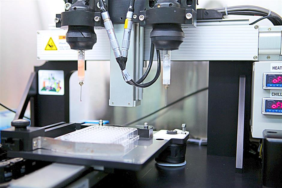 Cutting edge: The Novotel MMX Bio printer prints 3D tissue in various formats. Bio-ink or hydrogel can be dispensed from each of the two print heads.