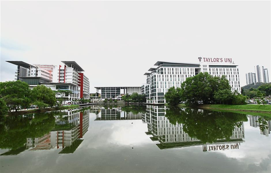 (Left and right) Taylor's Lakeside Campus is equipped with teaching and learning facilities including state-of-the-art laboratories, a four-storey library complete with a mini theatre and computer labs. — Photos: AZMAN GHANI/The Star