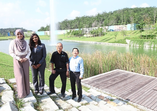 (From left) Khariza, Vijayalakshmi, Keizrul and Chung, whose organisations work together to ensure that biodiversity is maintained in Gamuda Landu2019s development projects.
