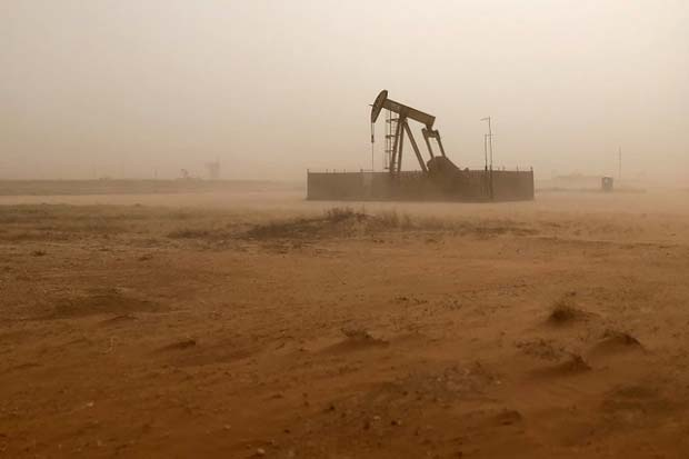 US oil boom delivers surprise for traders - and it's costly