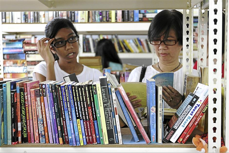 Voluntary community project: The Subang Jaya Book Exchange Programme was initiated by a group of residents from Subang Jaya and USJ to exchange and share books, and to promote the reading habit. Book exchange sessions are held on the first and third Sundays of the month.