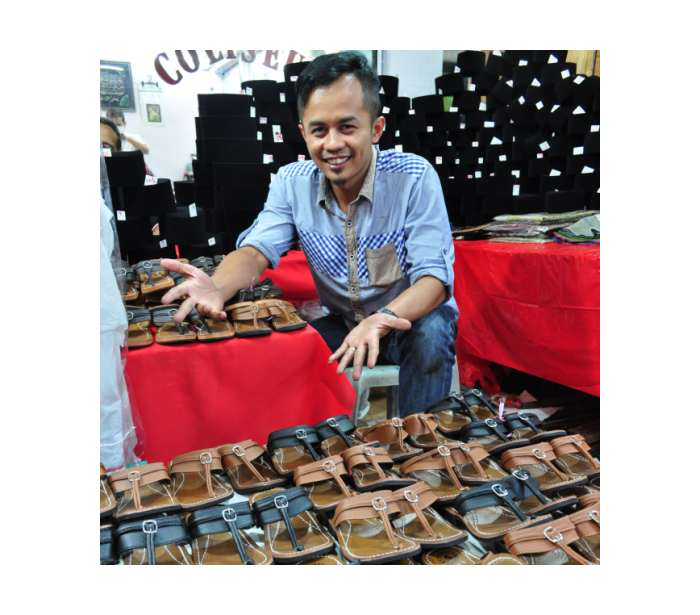 Strong seasonal sales : Zulkifli Zainal Abidin is increasing his stock of capal this year because he expects to sell more than he did in previous years.